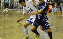 Cerro Largo Futsal: estreia com um olho na quadra e outro fora