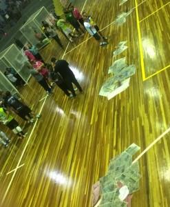 Goteiras se multiplicaram no ginásio. Foto: Assessoria Cerro Largo Futsal/Lojas Becker