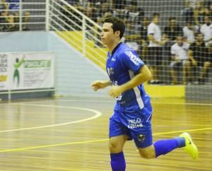 Alexandre (foto) e Gustavo marcaram os gols do Cerro Largo. Foto: Assessoria Cerro Largo Futsal/Lojas Becker