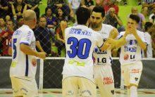 Empate em Santiago garante liderança para o Cerro Largo