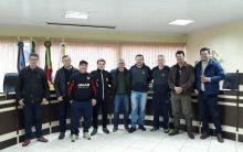 Presidente da Liga Gaúcha defende organização da entidade em visita a Cerro Largo